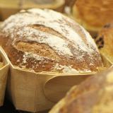 Bemehltes Brot <BR>in der Backform Duc